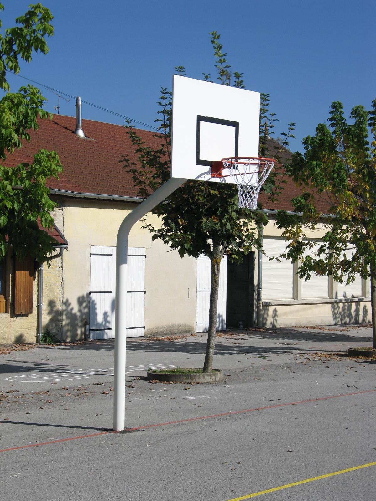 Image of   Basketball Goal galvaniseret - 2,60 m - Monteringsplade - Udhæng 1,2 m